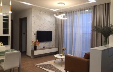 Không gian phòng khách căn hộ 2 ngủ Metropolis cho thuê (Toà M1)