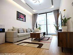 Cho thuê căn hộ 3 ngủ Metropolis toà M1 đủ đồ
