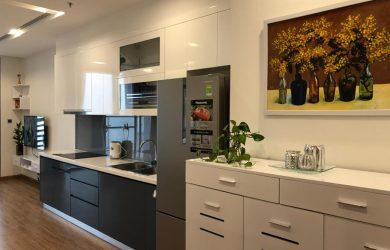 Khu bếp - căn hộ Metropolis Vinhomes M3 55.52m2 cho thuê.